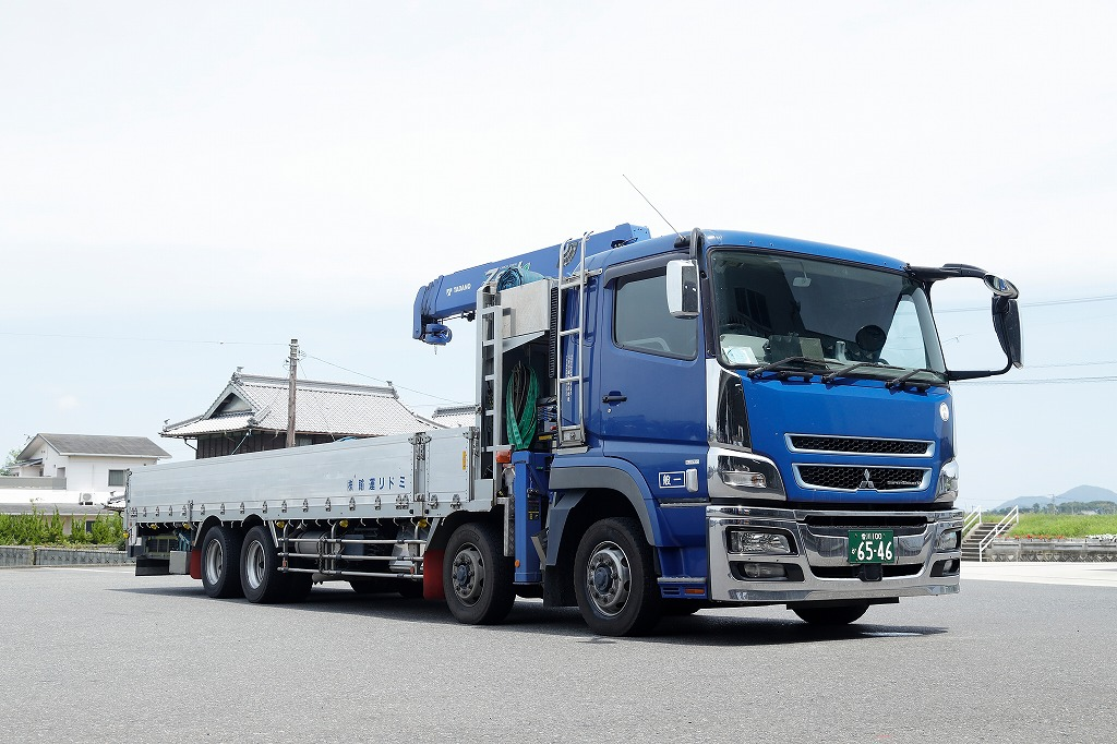 大型・中型トラック ( クレーン付 )